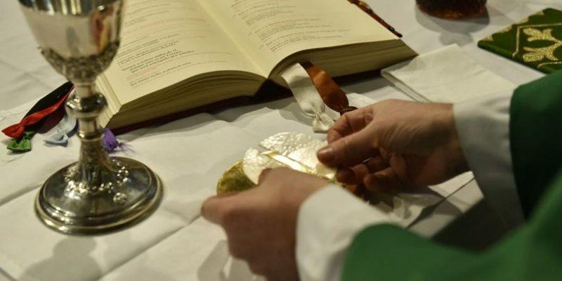 Horarios De La Transmisión De La Santa Misa En Vivo